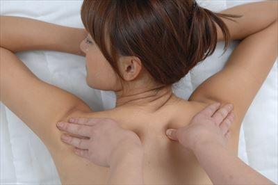 都島区のエステサロンで肩甲骨はがしを試してみませんか?